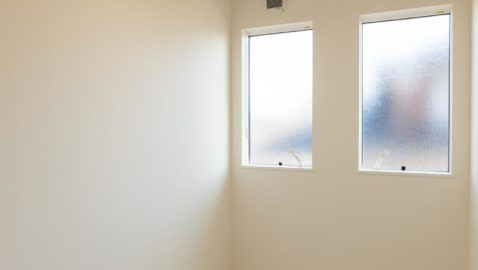 日照時間が少なく雨の多い山陰地方にあると便利な室内干し専用のお部屋。リビングに洗濯物を干す習慣とはさよならできます。
