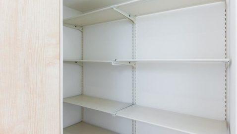 濡れた雨具もサッと収納できる便利な玄関土間収納があり、玄関をいつもキレイに保つことができます。