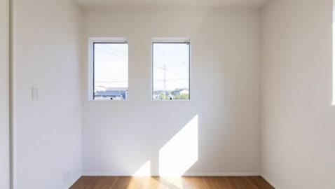 【当社施工事例】 4人家族でゆとりの予備室4.5帖。ライフスタイルの変化に応じて自在に使えます。仕事部屋や書斎、趣味、お子様のプレイルームなど用途は多彩♪