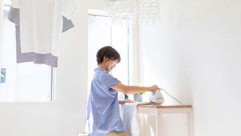 【当社施工事例】洗濯室や家事室に活用できるマルチルーム。ウインドキャッチ窓を採用し、効率良く衣類を乾かします。洗ってその場で干して畳めるので家事がスムーズ。こちらの物件は乾燥機、乾太くん付きです!!